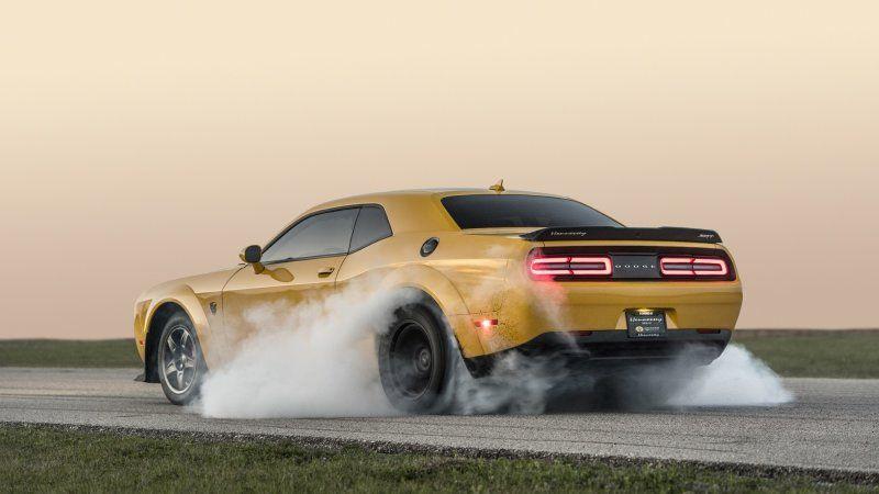 World S Fastest Dodge Demon Sets Scorching Quarter Mile Time Dodge Hennessey Super Sport Cars