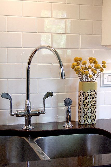 The Faucet And Backsplash White Subway Tile Backsplash Kitchen Tiles Kitchen Backsplash