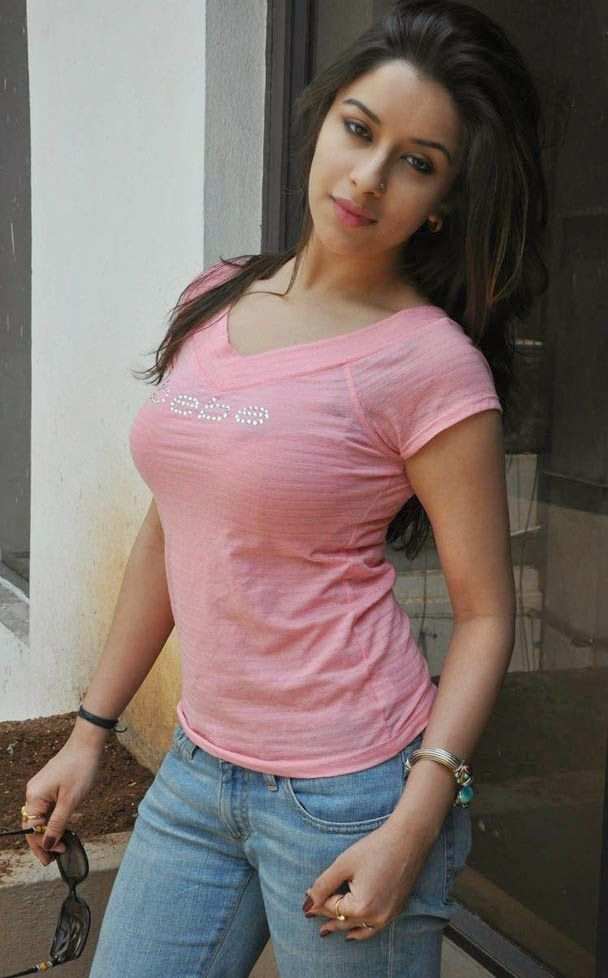 Malayalam Actress Madhurima In Tight T Shirt And Jeans -1828