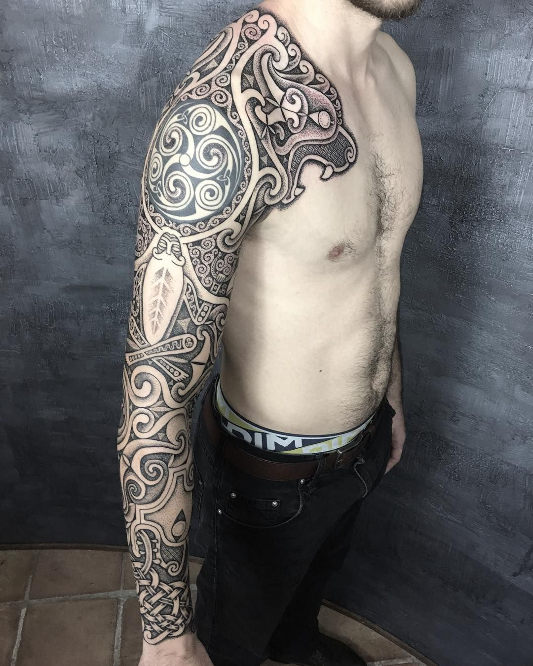 1,261 Likes, 21 Comments Sean Parry (sacred_knot_tattoo
