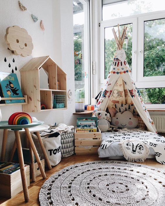 How cute is this reading corner? http://petitandsmall.com/cosy-imaginative-reading-corners-inspire-you/