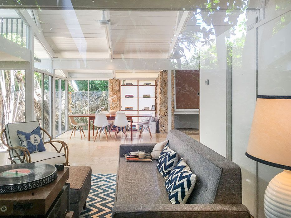 Mid Century Home In Miami Is A Tropical