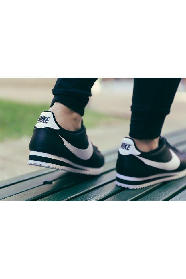 97f0e350f51d Nike Women s Classic Cortez Leather Black white