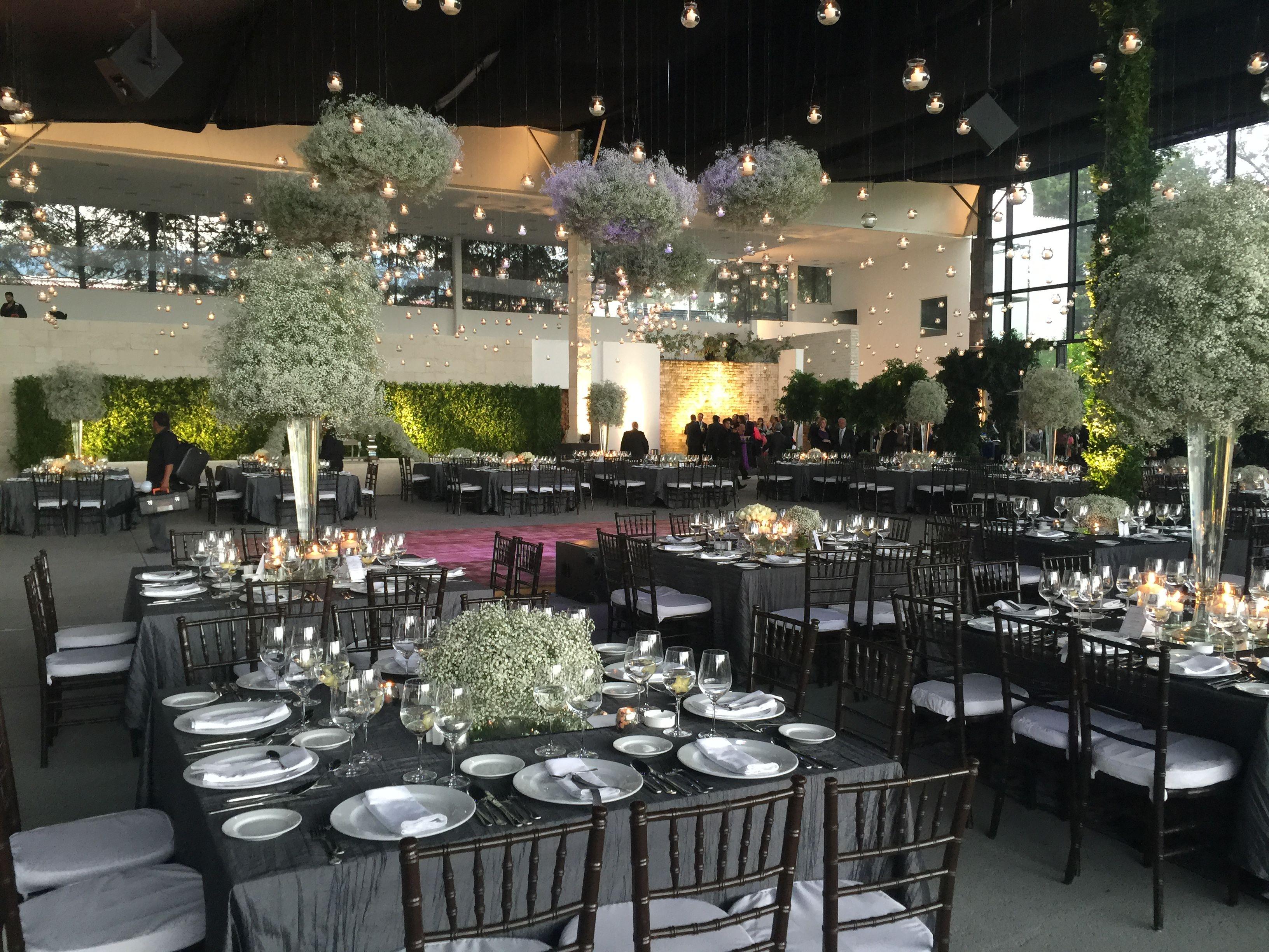 Montaje de evento en sal n montaje green dreamy for Jardin industrial