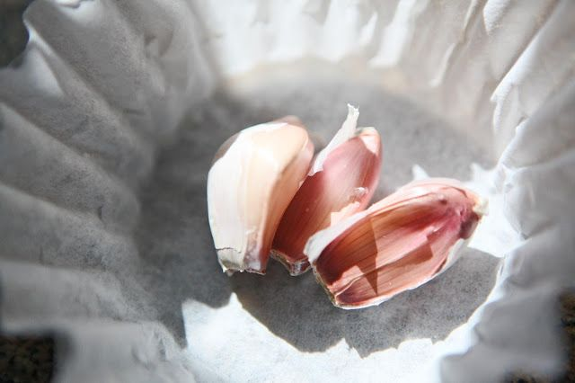 Garlic tea to keep pests out of your garden!