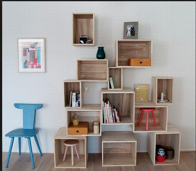 Boekenkast kinderkamer - Recycled furniture | Pinterest ...