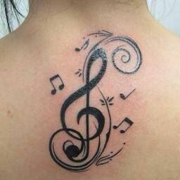 Lindo Clave de Sol con Notas Musicales Ver mas tatuajes en https//www.tatuajesparamujeres.com.ar/clave,de,sol,con,notas,musicales/