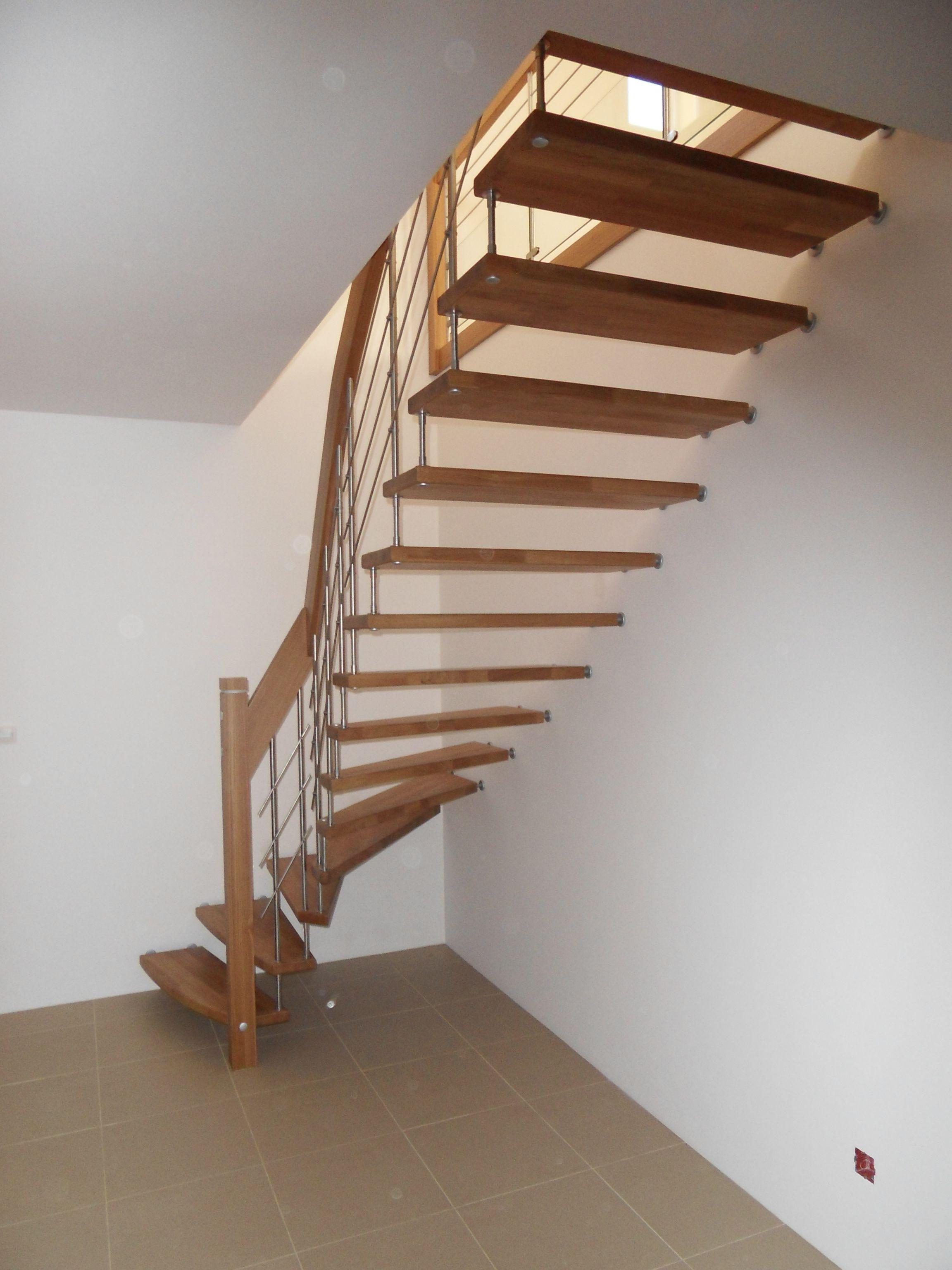 Passion Bois intérieur escalier suspendu design en chêne massif #treppenmeister. plus d