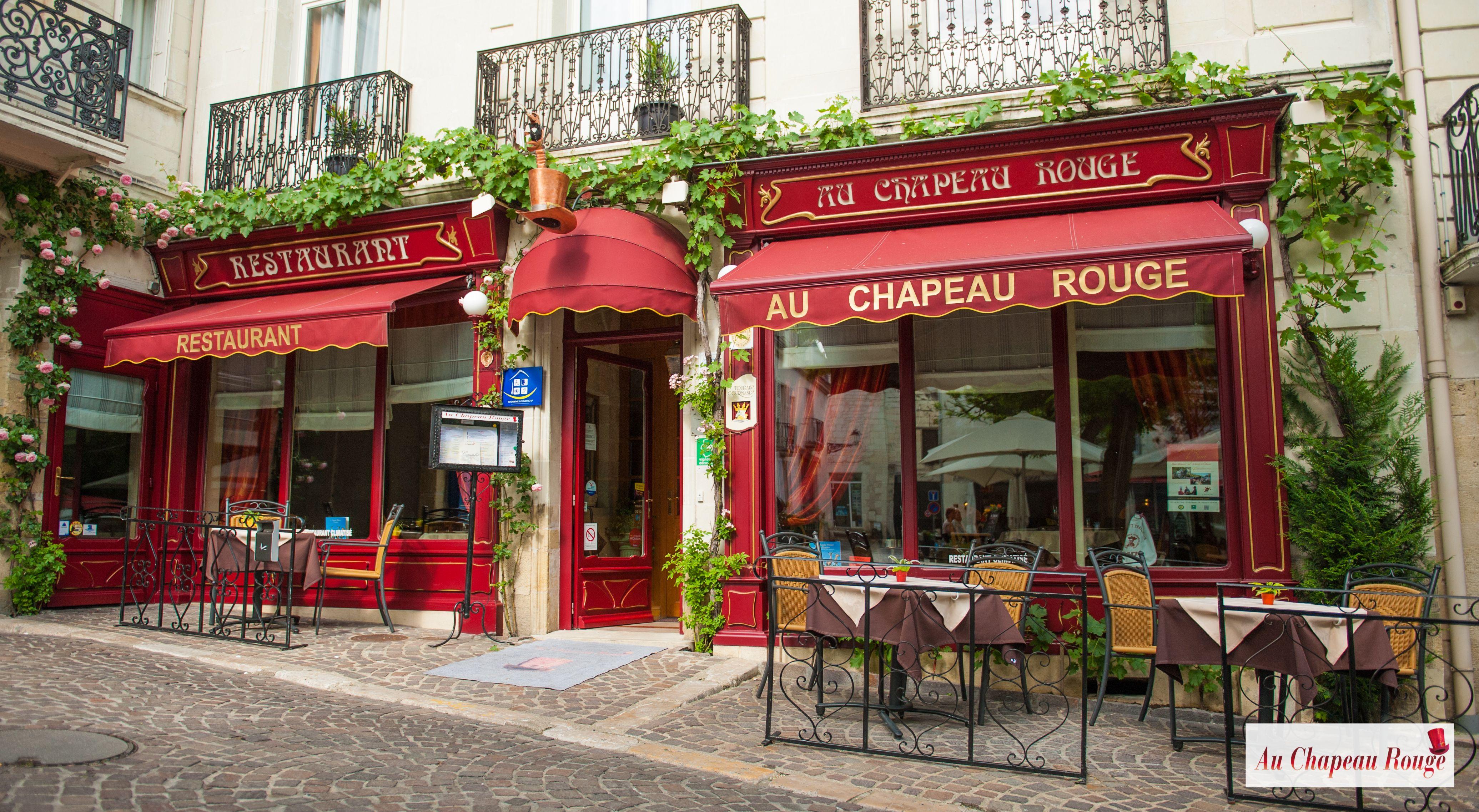 Restaurant Au Chapeau Rouge A Chinon Venez Decouvrir La Cuisine Du Chef Christophe Duguin Maitre Restaurateur Vitrine Realisee A Chinon Loire Restaurant