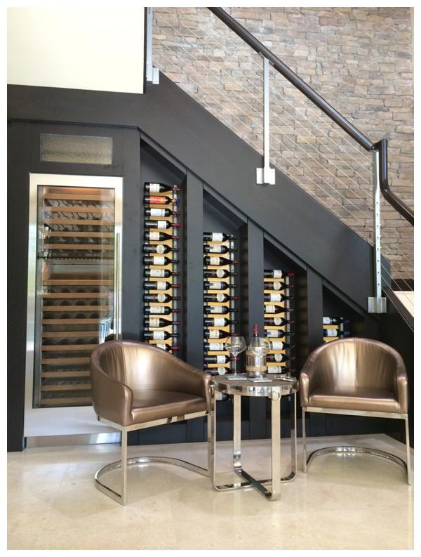 Elegante cava cavas pinterest escaleras hogar y for Cava bajo escalera
