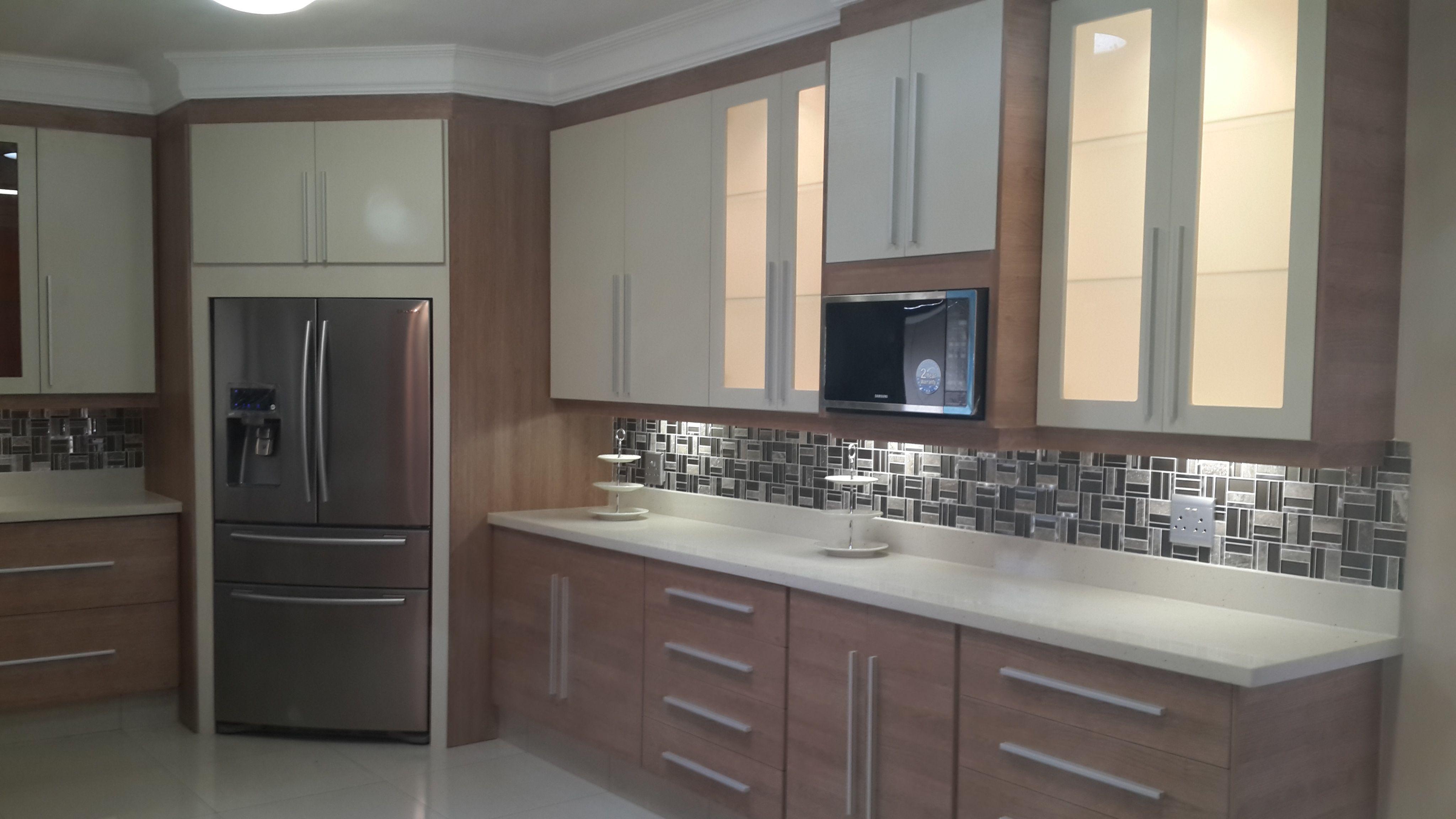Best 2 Tone Melamine Kitchen Kitchen 400 x 300