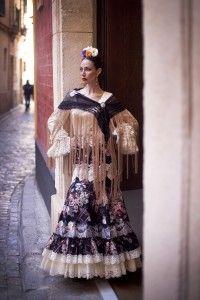Rosas-Coleccion 2015-El Ajoli-Trajes de Flamenca