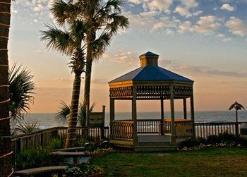 Ocean Isle Inn Nc Coffee In The Gazebo Overlooking Nice Sunset Beach