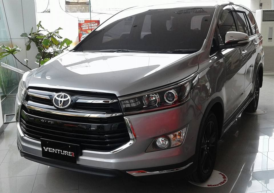 all new innova venturer interior grand veloz 1.5 a/t toyota indonesia cars daily updated