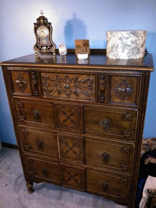 Estate/Tag Sale Inside Private Home in Kansas City, KS starts on - Found On EstateSales.NET: Antiques Pinterest Kansas