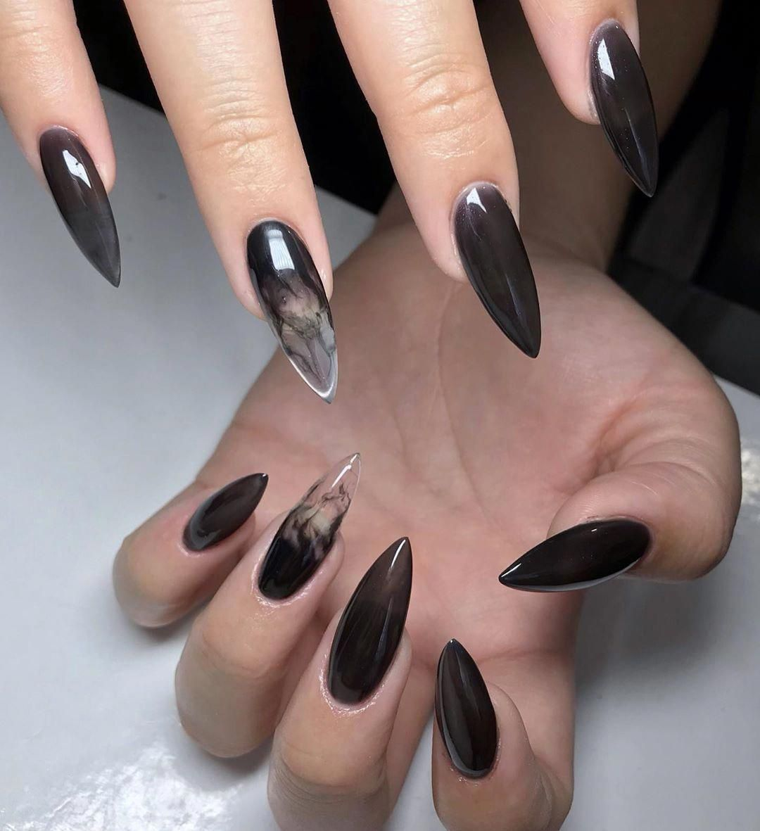 Black Is One Of The Colors That Never Be Out Of Style It Can Be Applied Not Only To Clothing Accessories But Also To Fin In 2020 Witch Nails Goth Nails