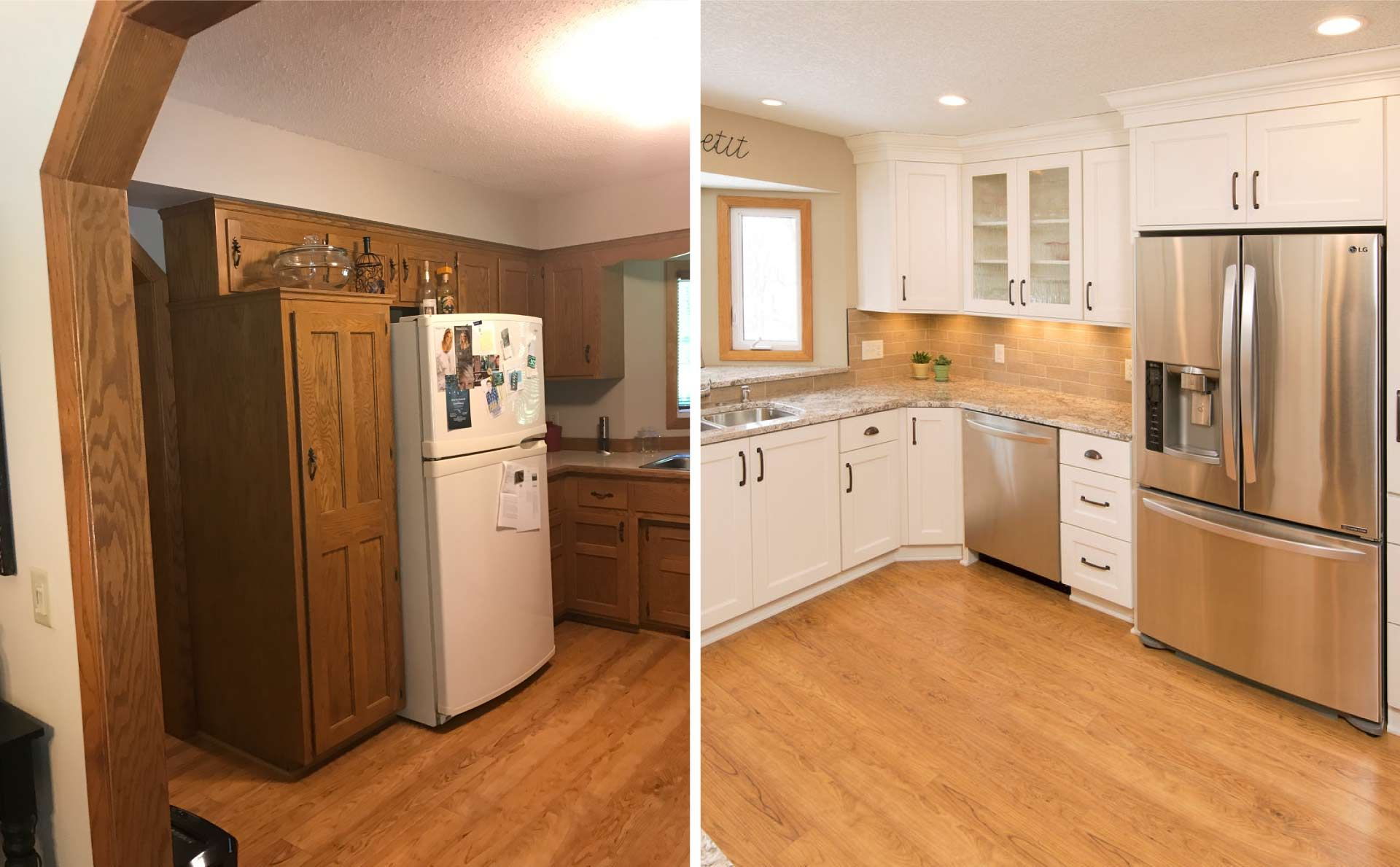 House Covered In Oak 90 S Oak Cabinets Doors Floors And Railings Need Updating Here S Our Adv In 2020 Oak Kitchen Cabinets Updating Oak Cabinets Oak Floor Kitchen