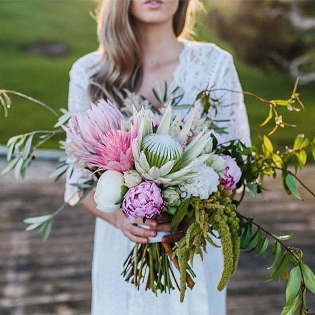 Wedding Flowers Melbourne: Major Heart Eyes For This Pink Bromeliad And Protea