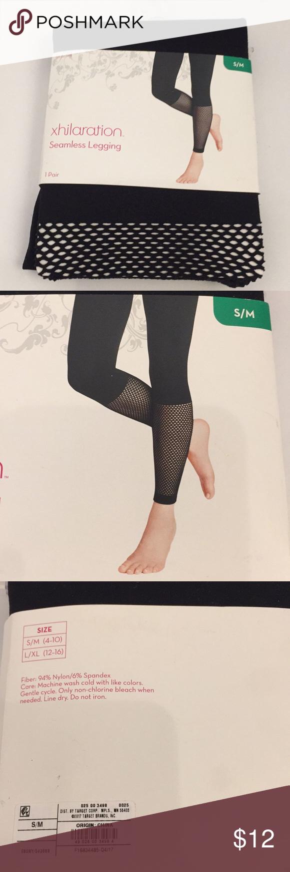 🆕🌟 Seamless Legging NWT Black seamless leggings with fishnet