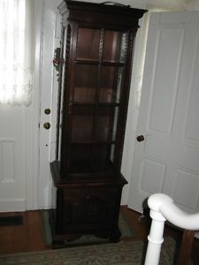 Gibbard Curio Cabinet Kitchener Waterloo Kitchener Area Image 1 Furniture Antique French Chairs Vintage Lounge Chair