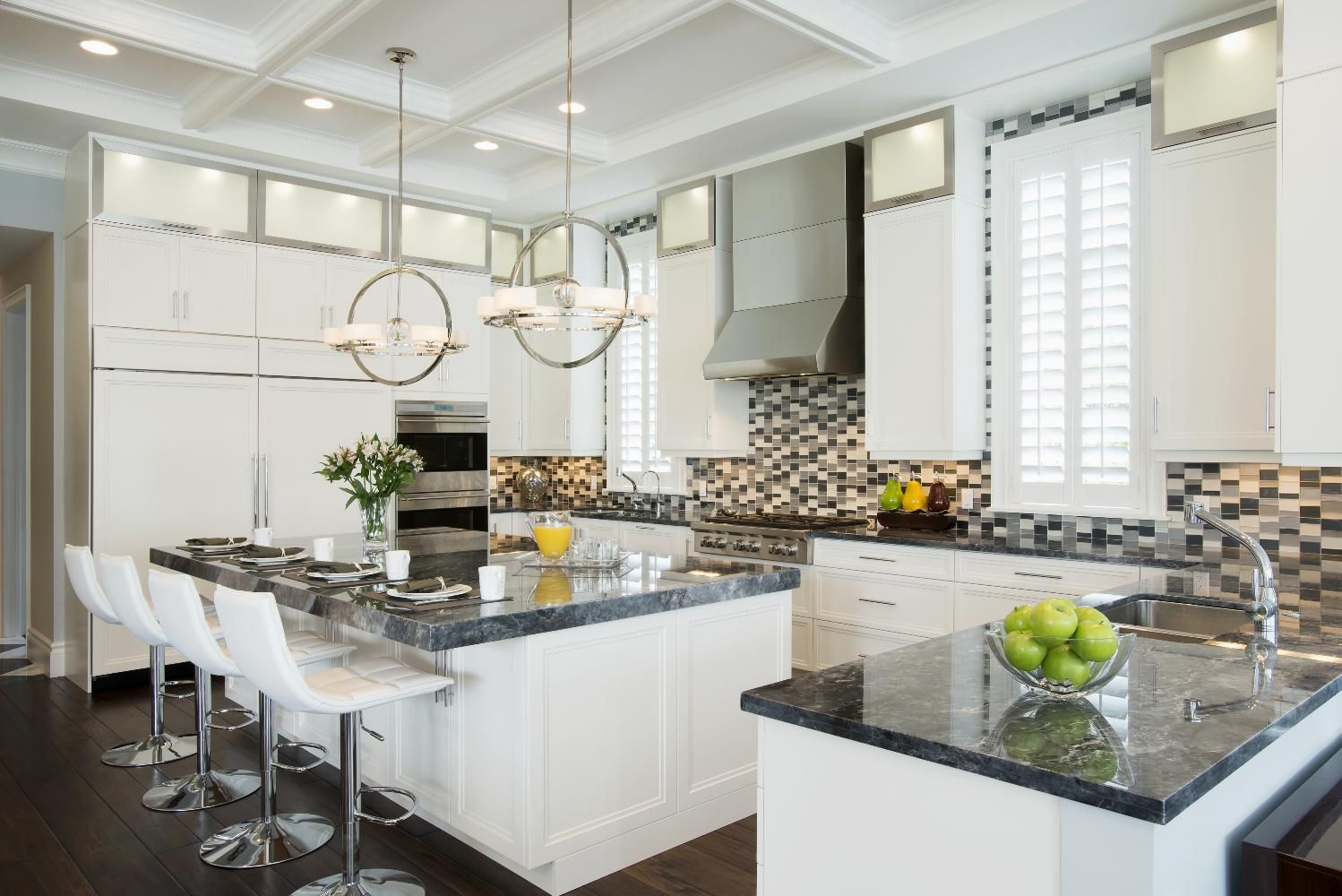 Contemporary Kitchen With Executive Cabinetry S Boca Door Style With Super White Paint And Aluminum Lift Up Doors Kitchens Direct Kitchen Kitchen Inspirations