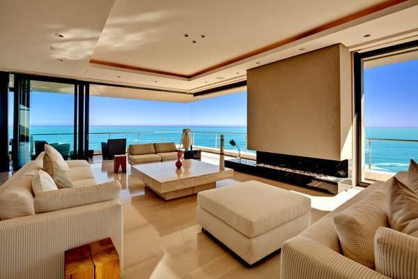 Cape Town Spectacular & Chic Holiday Villa with Infinity Pool