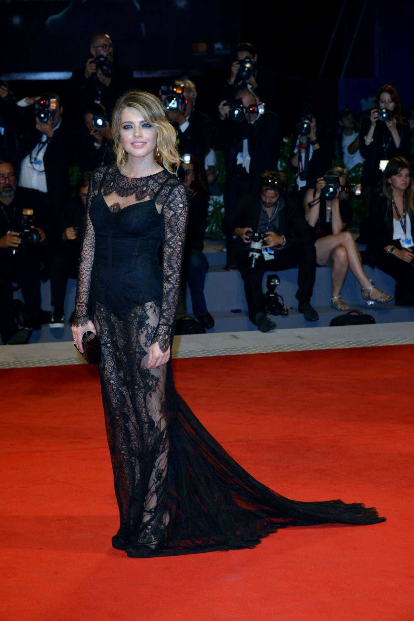 Alexandra dinu loving pablo premiere at the venice film festival naked (26 photos), Selfie Celebrites picture