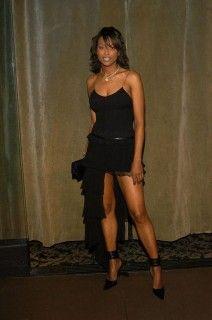 aisha tyler in black dress