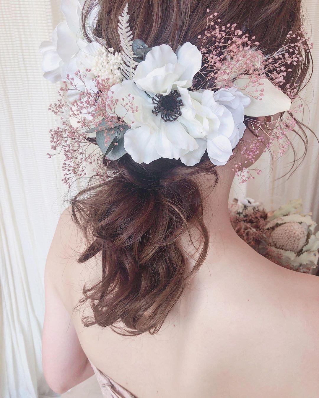美容師さんからも人気 どうやっても可愛くなる アネモネのお花 花嫁
