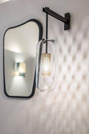 applique vadim et miroir organique en ch ne noir maison sarah lavoine entrata luminaire. Black Bedroom Furniture Sets. Home Design Ideas