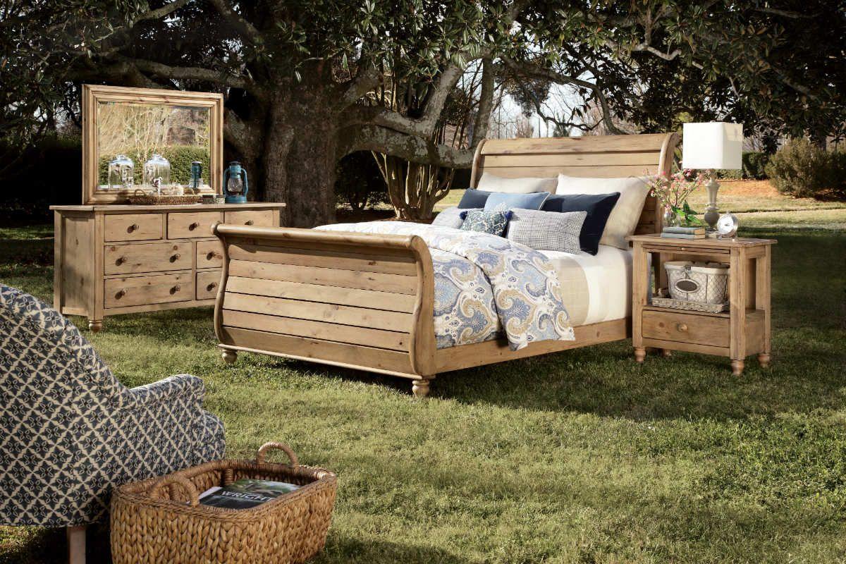 Kincaid Solid Wood Sleigh Bedroom Set in