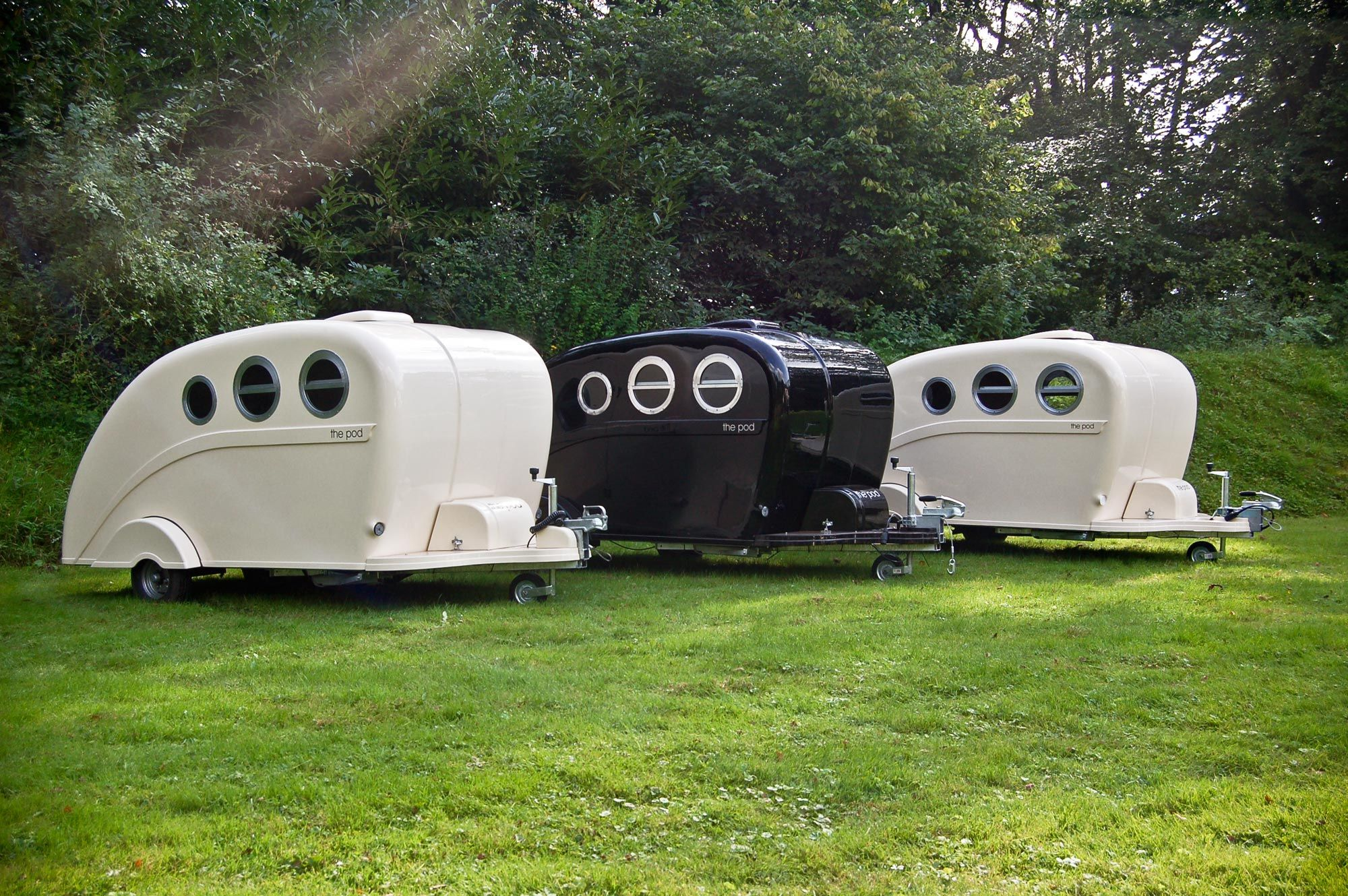 pod trailer looks like a submarine happy camper pinterest teardrop caravan caravan uk. Black Bedroom Furniture Sets. Home Design Ideas