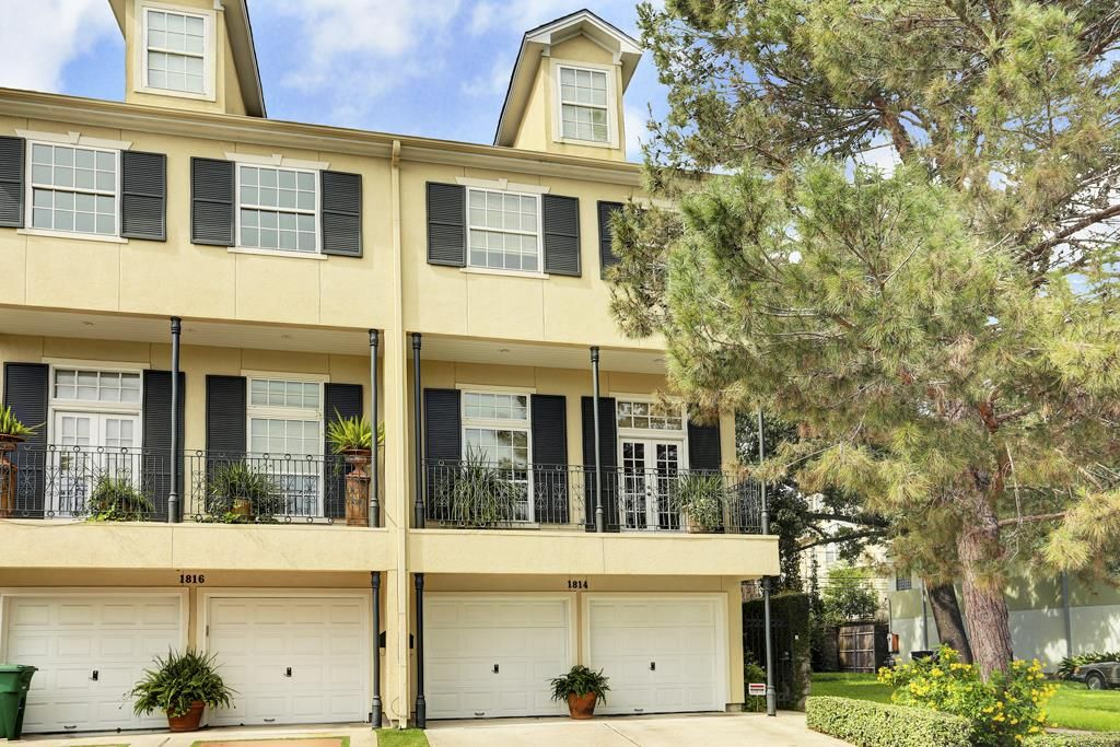 1814 W Bell Street, Houston Property Listing: MLS® #28267478