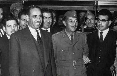 الرئيس عبد السلام عارف ورئيس الوزراء احمد حسن البكر 1963