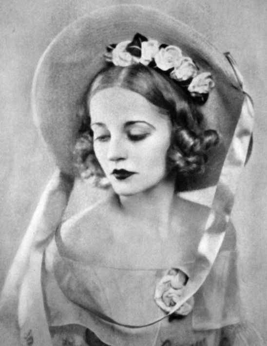 Vogue UK, 1930 | vintage | Pinterest
