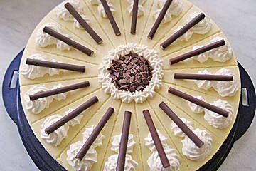 Eierlikör - Torte mit Sauerkirschen von urmeli75 | Chefkoch