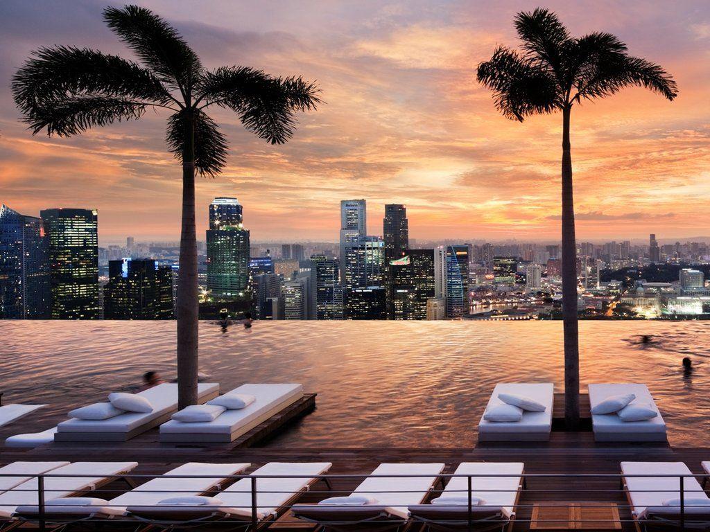 Do laps in this pool Singapore MarinaBay Hotel HipmunkBL