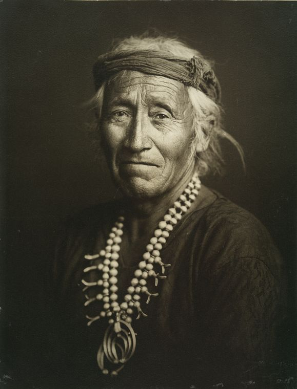 Pesothlanny, medicine chief, Navaho Nation c. 1904, photo by Carl Moon