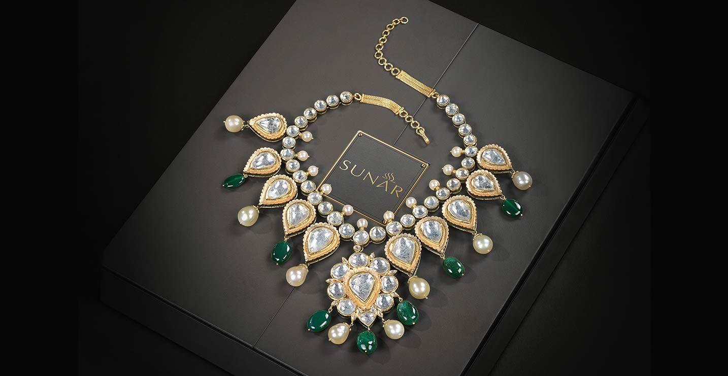 #MyMomMyJewel #Jewels #Jewellery #IndianJewellery #Polki #PolkiJewellery #FollowMe #FollowForFollow #LikesForLikes #LikeThis @SunarJewels