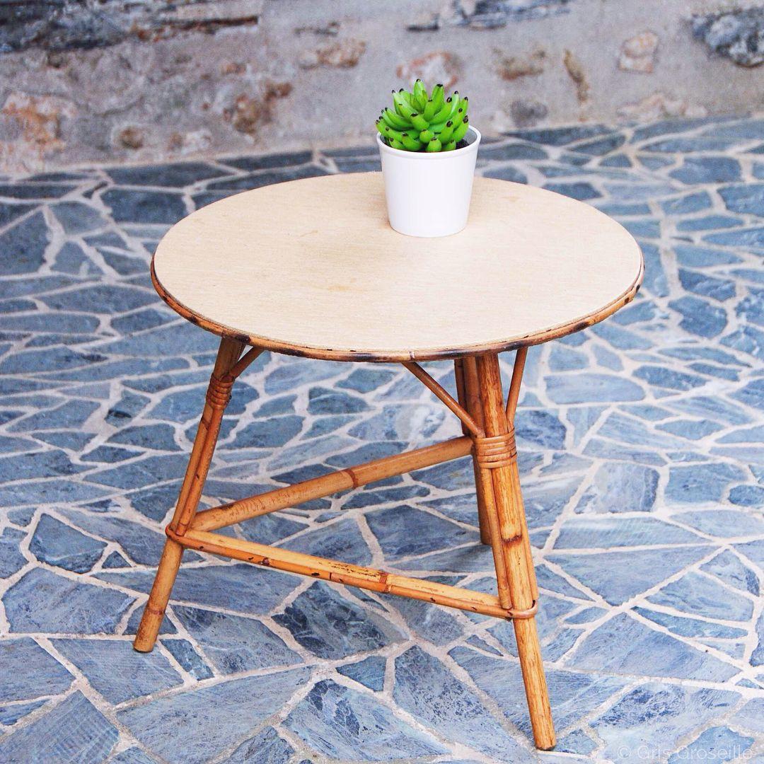 Envie D Une Touche Vintage Dans Votre Deco Optez Pour Une Petite Table Basse Rotin Osier Decouvrez Notre Collection 100 Vinta In 2020 Furniture Table Decor