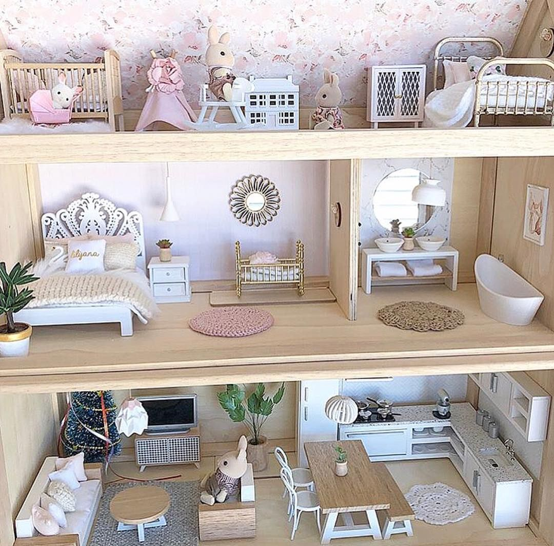 Love this dollhouse by @whimsy.woods for @lilylovesluka. It features our Minnie wallpaper, our blush wallpaper panels, our marble bathroom… #dollhousefurniture