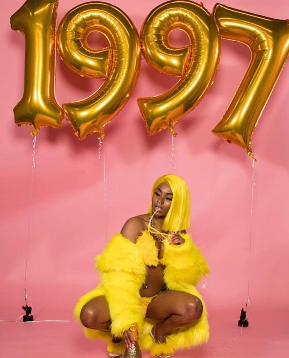 100 Birthday Ideas In 2021 21st Birthday Photoshoot Birthday Photoshoot Birthday Goals
