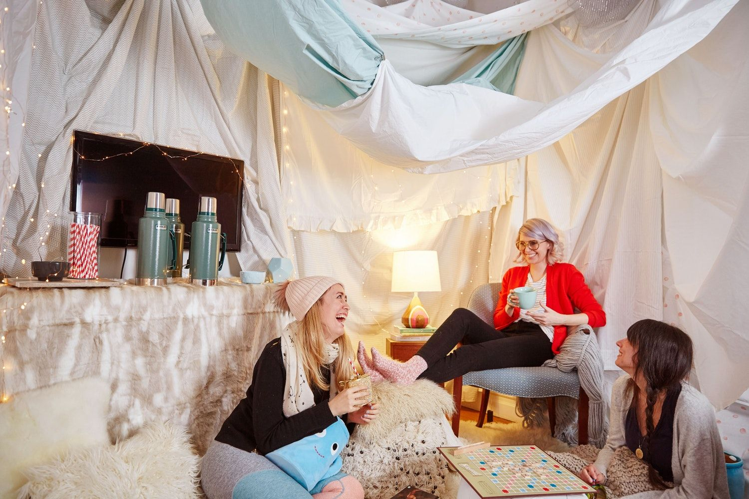 5 Reasons You Should Build a Fort in Your Living Room ...