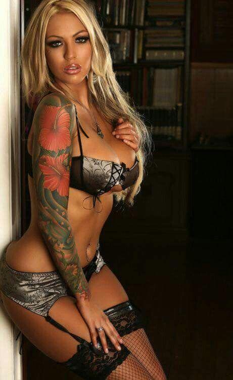 Tattooed Women Megan Daniels Girl Tattoos Hot Tattoos Female Tattoos Suicide