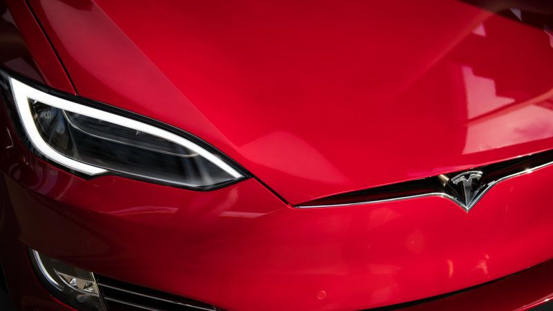 Tesla Model S Outsells Traditional High End Models From Established European Brands Car Insurance Luxury Cars Top Luxury Cars