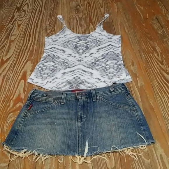 Hollister Skirt Size 1 & Urban Outfitters Top Hollister Skirt Size 1 & Urban Outfitters Top Size Small Hollister Skirts Mini