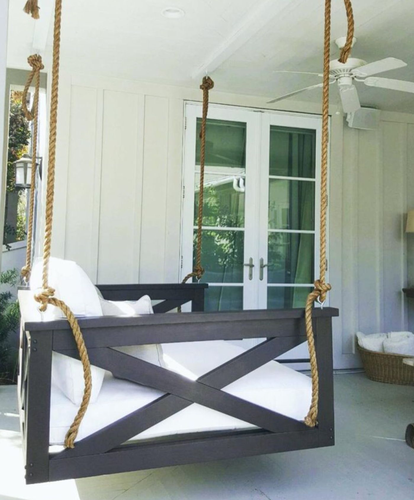 Oversized Porch Swing Is A Must Have Diy Porch Swing Bed Diy