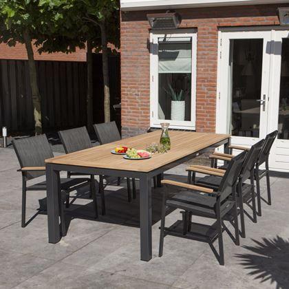 Ook zo'n fan van een stoere look in de tuin? Dan is de Memphis tuinset van Exotan de perfecte set voor jou! De set heeft een mooie combinatie van teak en aluminium. Geeft hem een hele luxe en strakke uitstraling!