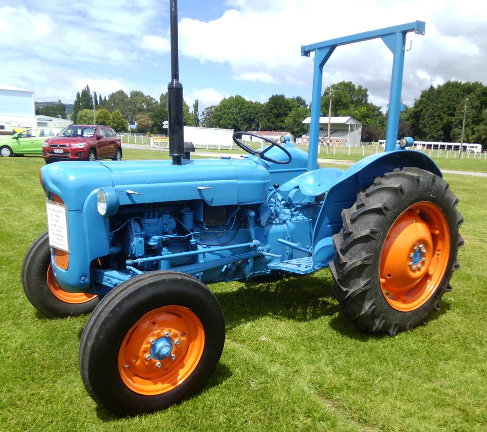 Click On Image To Download Ford Fordson Dexta, Super Dexta