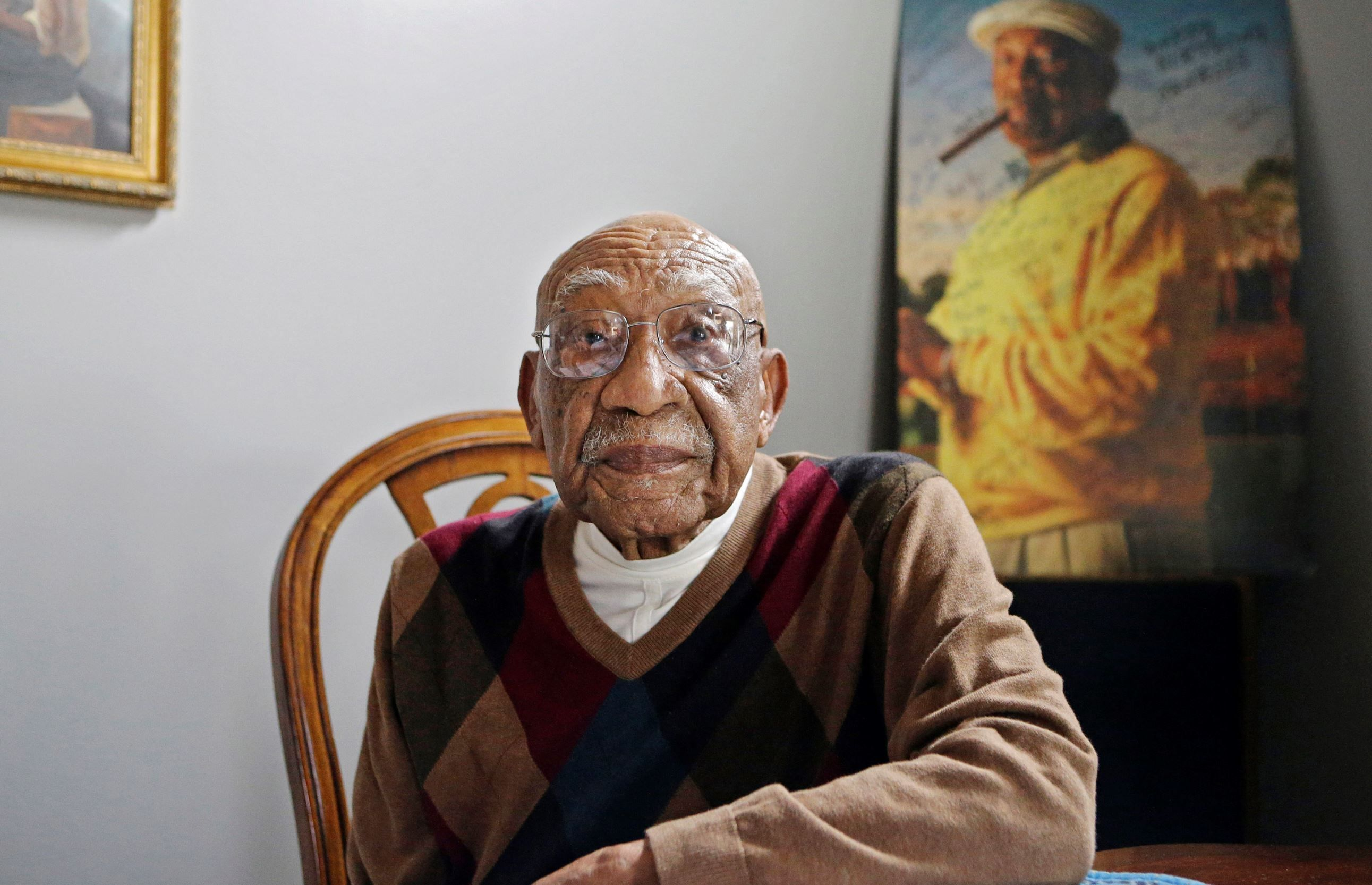 Golf pioneer sifford dies at 92 black history facts